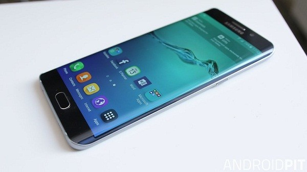 Geezam - Samsung six reasons to get a Samsung Galaxy S6 Edge and Note 5 this Christmas - 29-11-2015 LHDEER